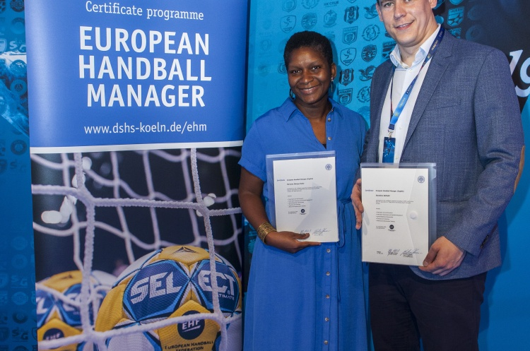 Two English graduates of the European Handball Manager course